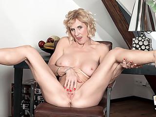 mature-big-tits